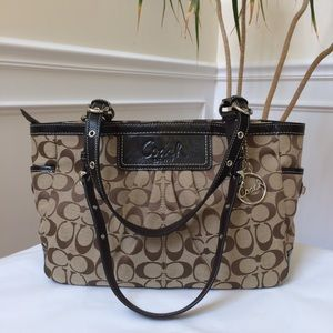 Like new Coach Signature gallery tote bag F14281